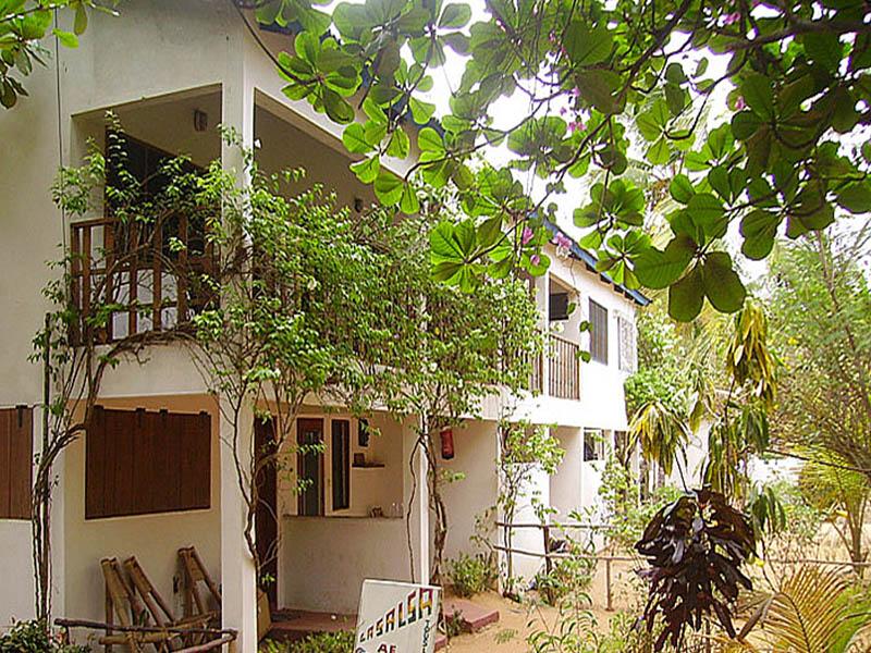 hotel-benin-grand-popo-awale-plage-chambres-jardin-5