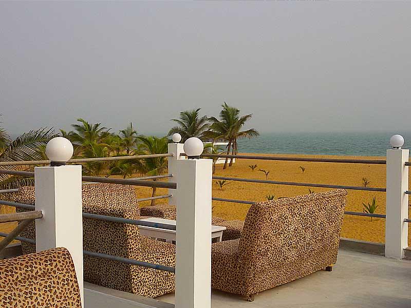 L'hôtel Awalé Plage (Grand Popo - Bénin) - Bar de Plage