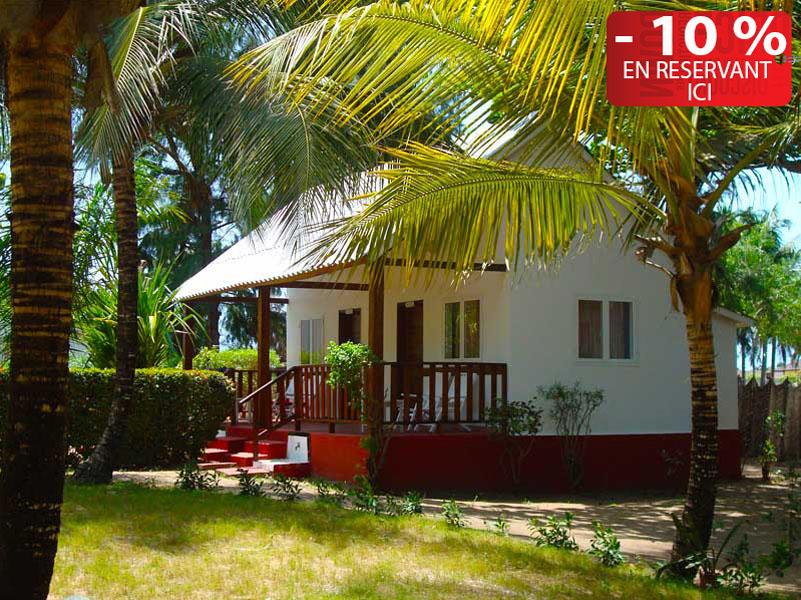 hotel-benin-grand-popo-awale-plage-bungalows-jardin-4-2